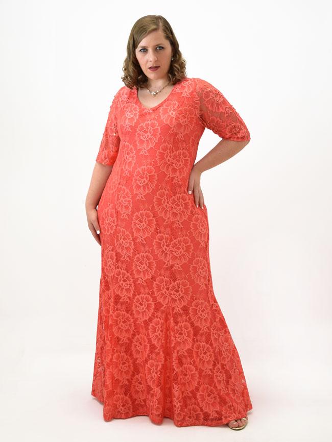 Vestidos de renda longo para plus size